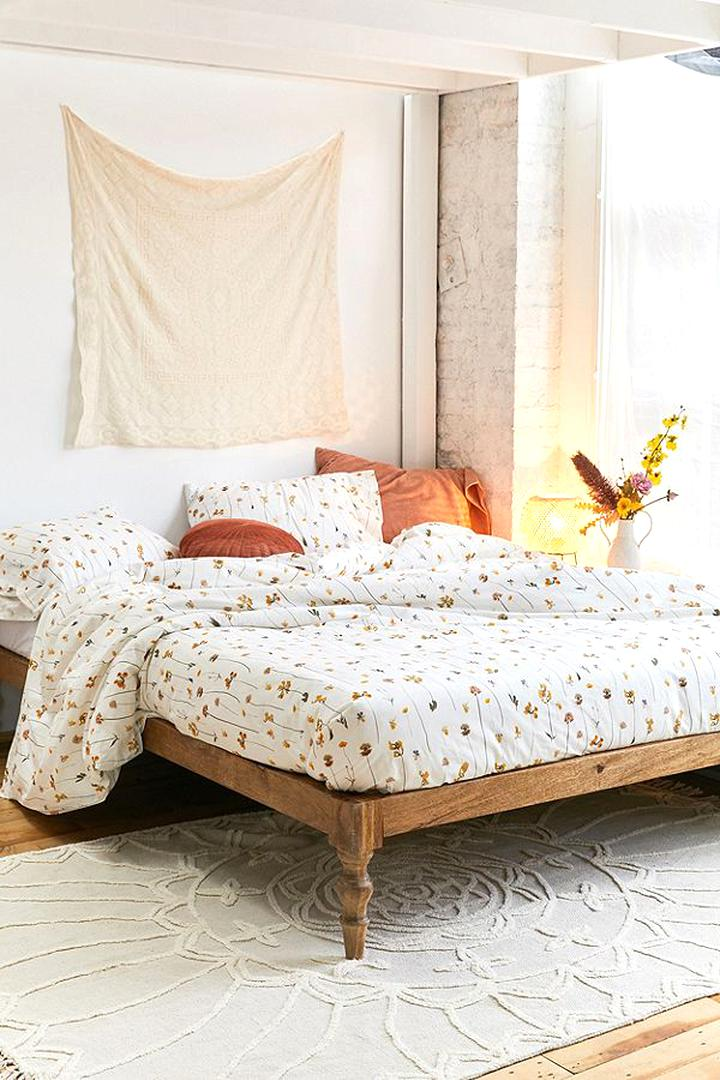 Picture of: Urban Outfitters Bedding For Sale Only 2 Left At 65