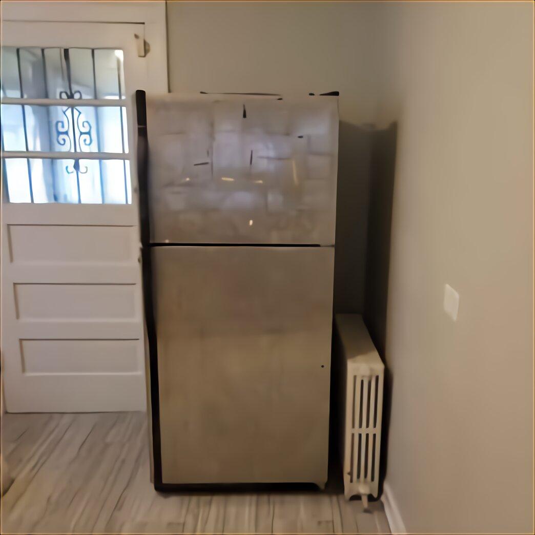 Antique Refrigerator for sale compared to CraigsList ...