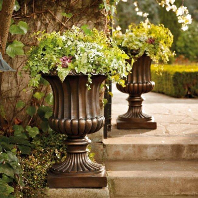 Frontgate Outdoor Turned Leaf Planter Jar Urn Flower Pot stone 48035