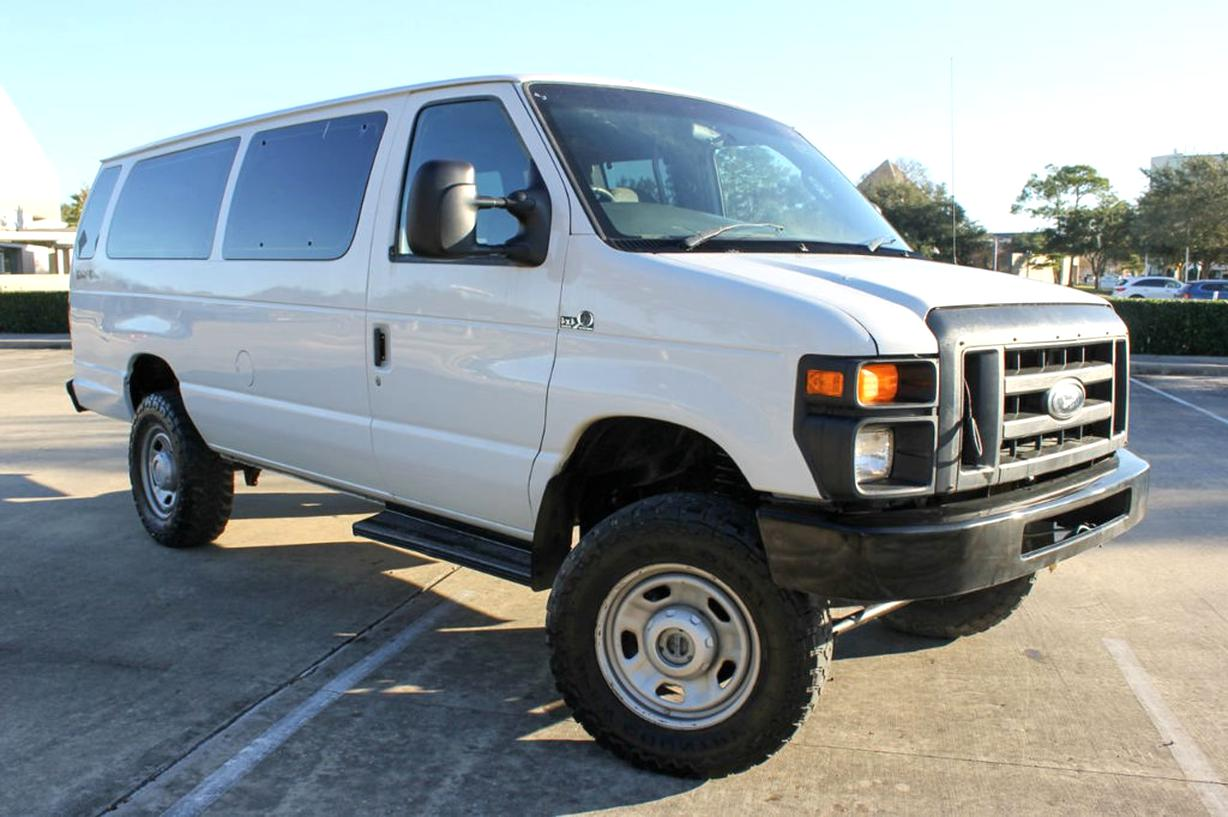 4X4 Van For Sale >> 4x4 Van For Sale Only 2 Left At 60