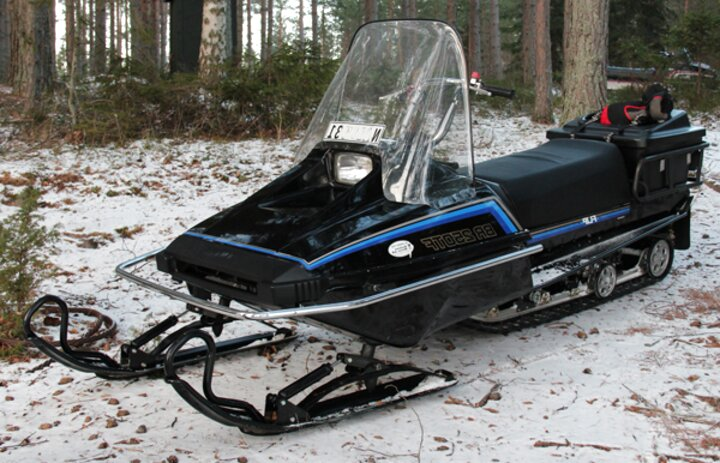 Bravo Snowmobile For Sale Only 3 Left At 75