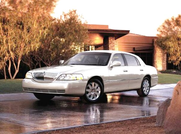 05 Lincoln Town Car For Sale Only 2 Left At 70