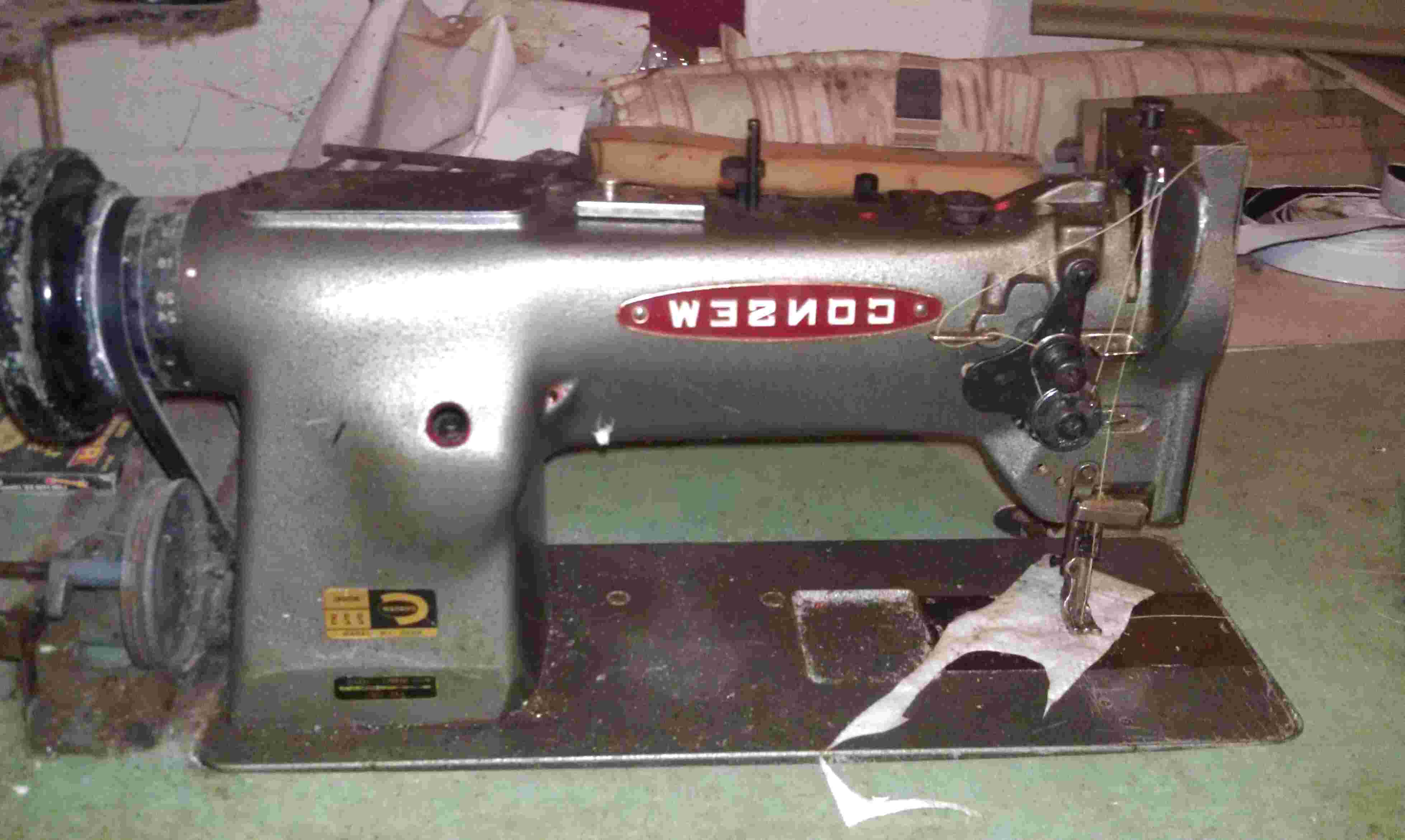 Consew 225 226 Sewing Machine Hand Wheel #240545 For Singer 111W