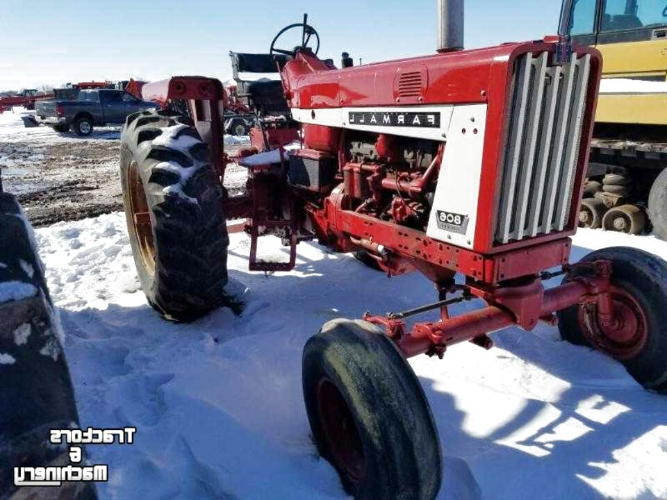 806 international tractor for sale
