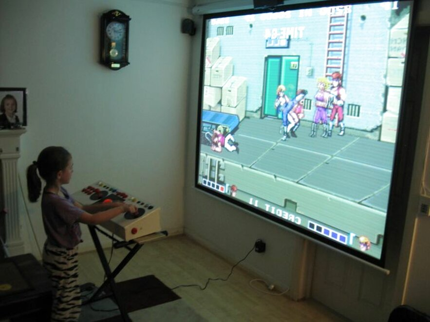big projector screens for sale