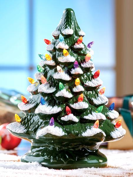 Ceramic Christmas Tree.Ceramic Christmas Tree