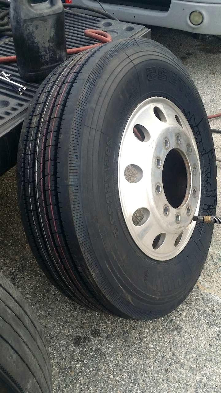 Semi Truck Tires Near Me >> Semi Truck Tires For Sale Only 4 Left At 65