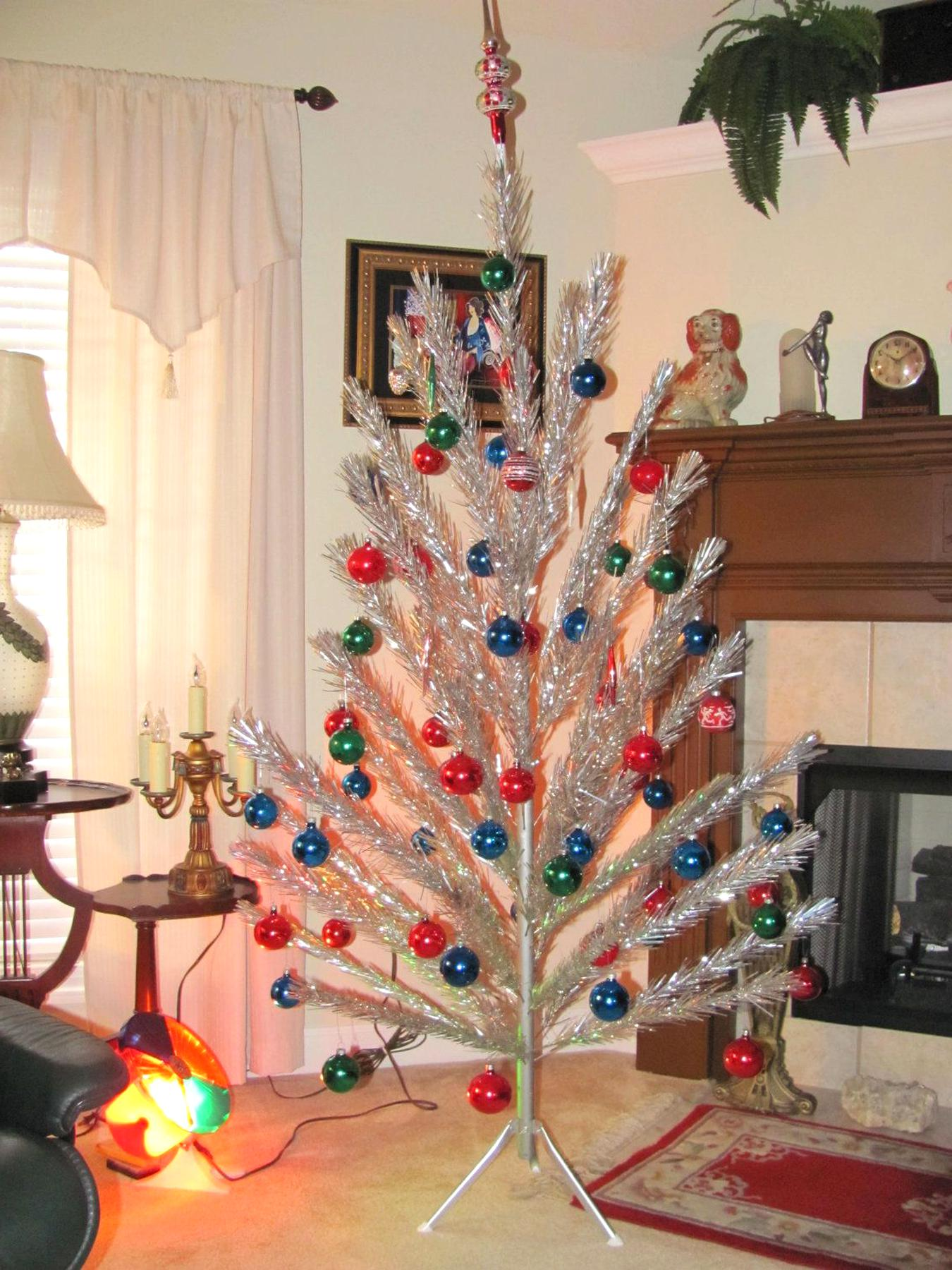 Aluminum Christmas Tree Color Wheel for sale | Only 4 left at -75%