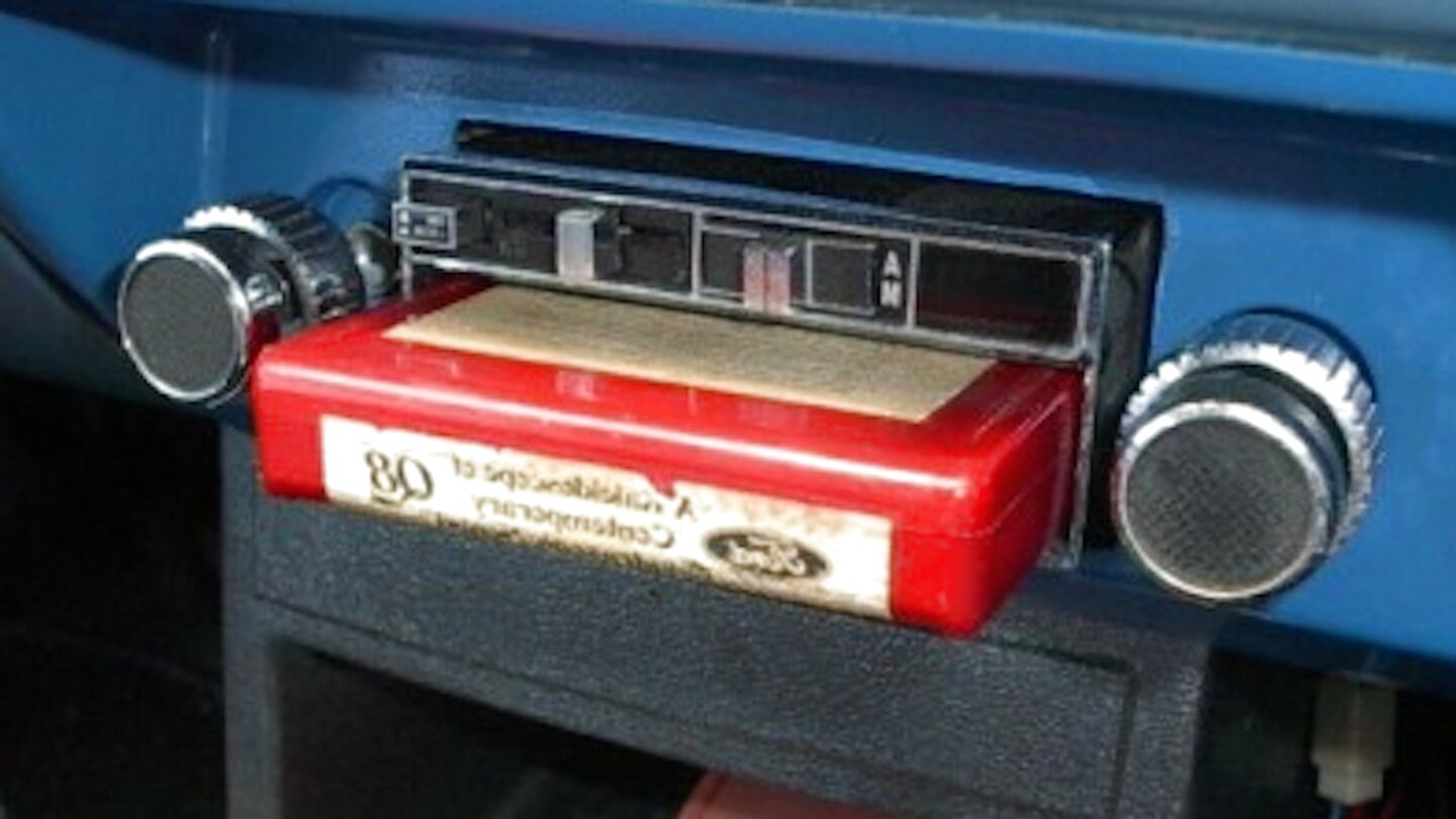 *New Replacement* Realistic Model 12-1835 AM FM 8 Track Car Stereo