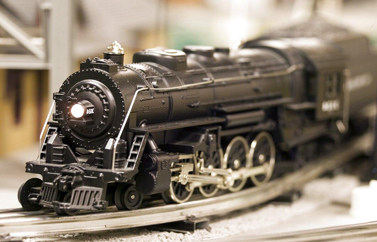 Old Lionel Train Sets for sale   Only 3 left at -65%