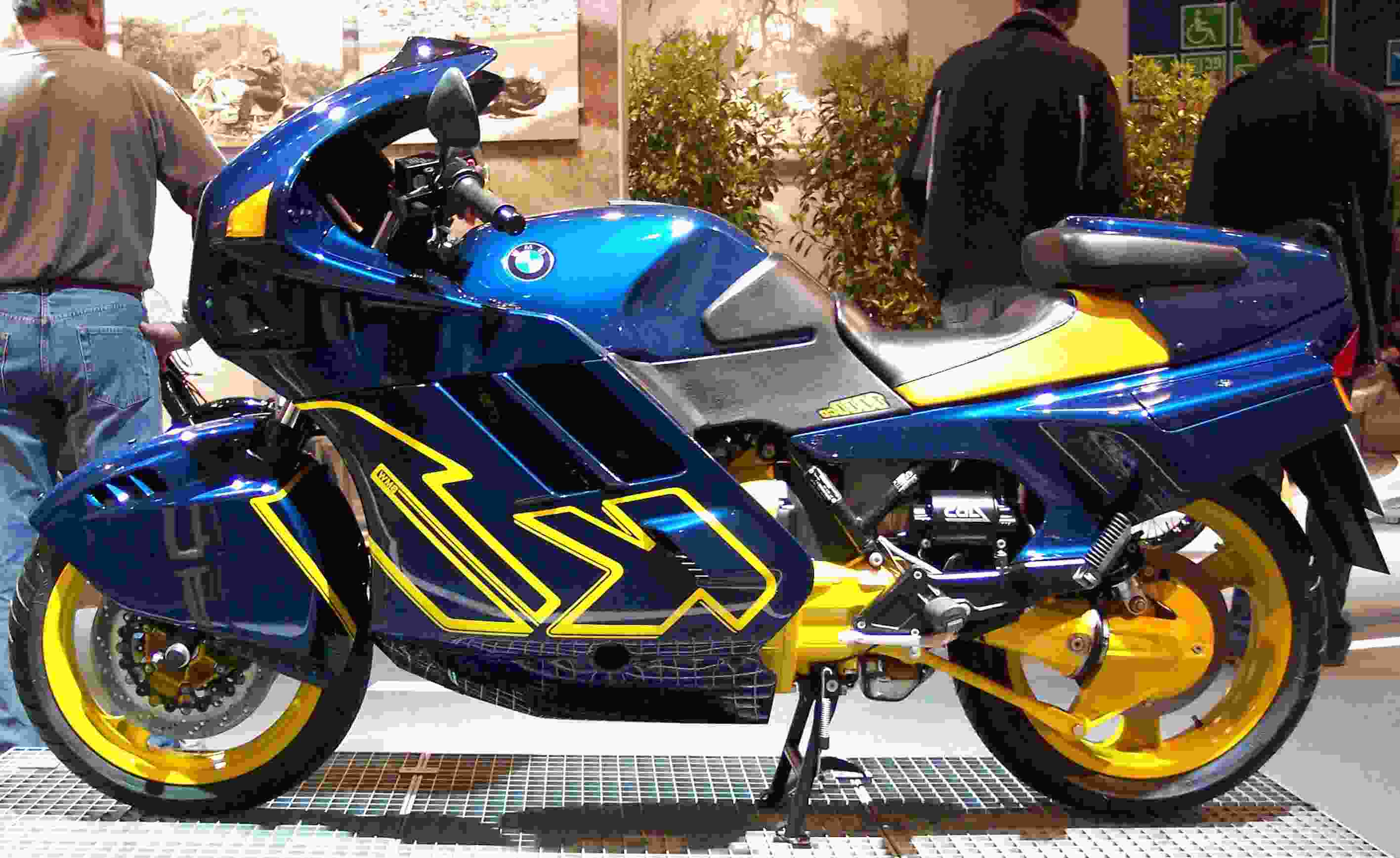 Bmw K1 for sale   Only 2 left at -75%