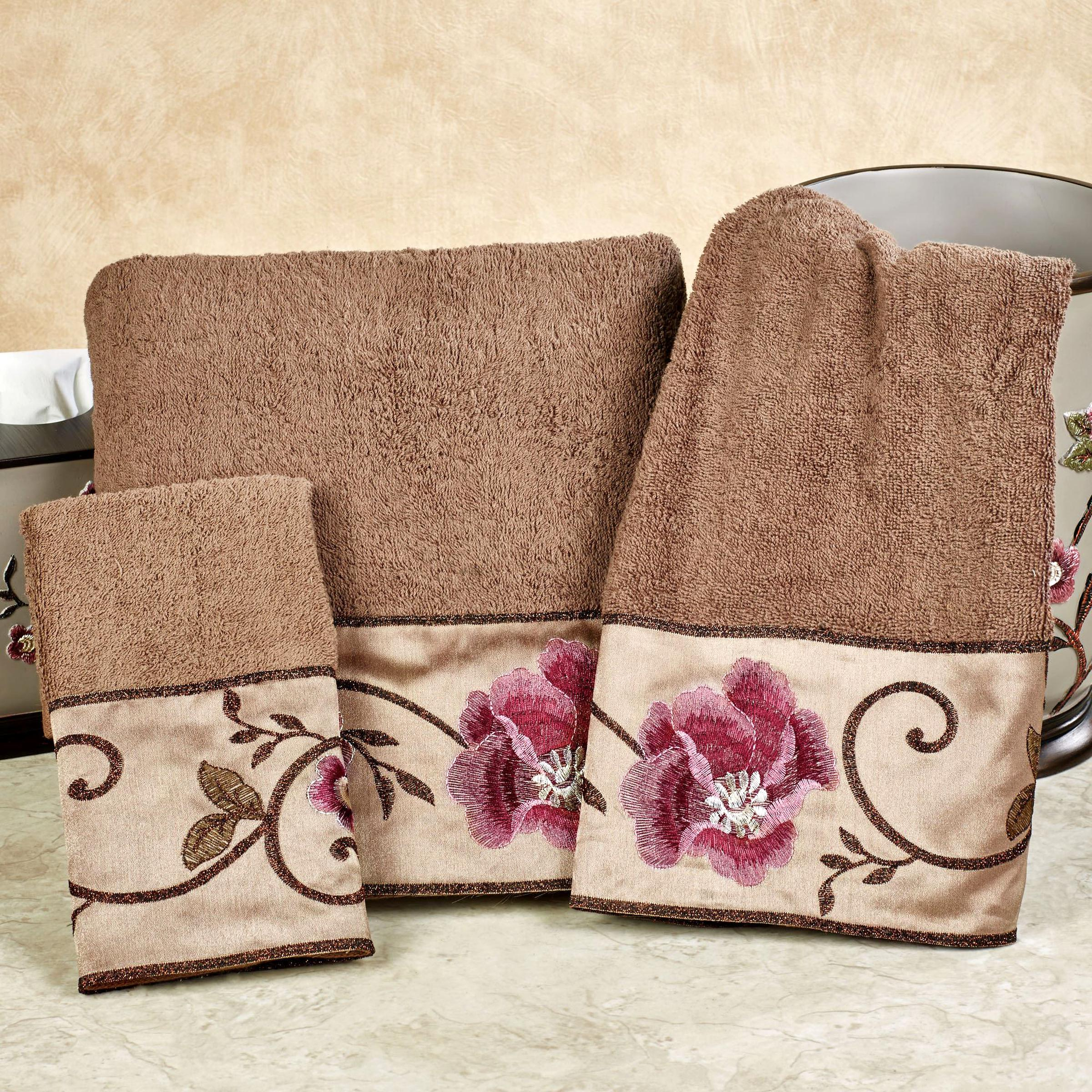 Bath Towel Set Floral for sale | Only 2 left at -75%
