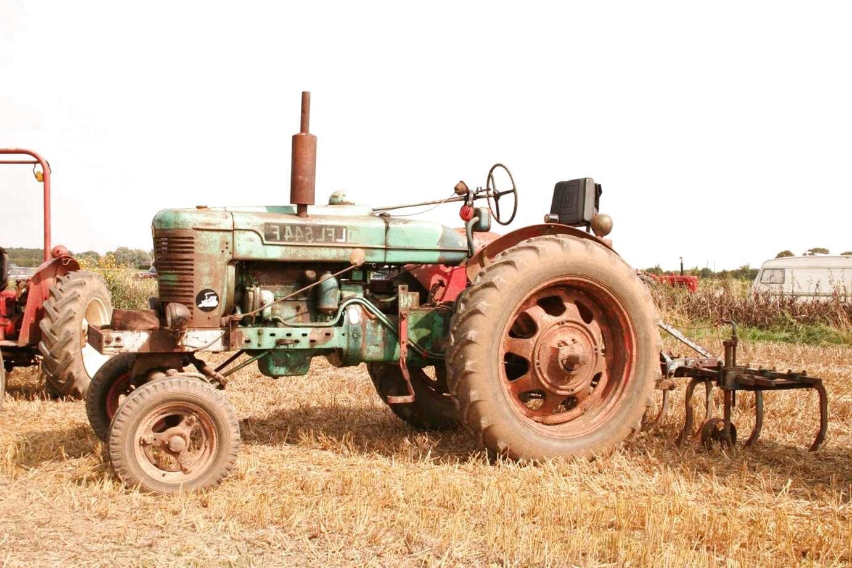 703820R94 Case IH Tractor Water Pump 354 364 384 424 434 444 B275 B276 B414