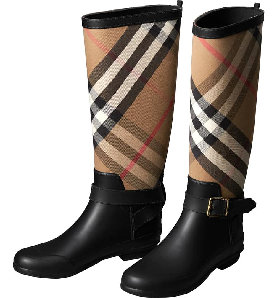 Burberry Rain Boots for sale   Only 2