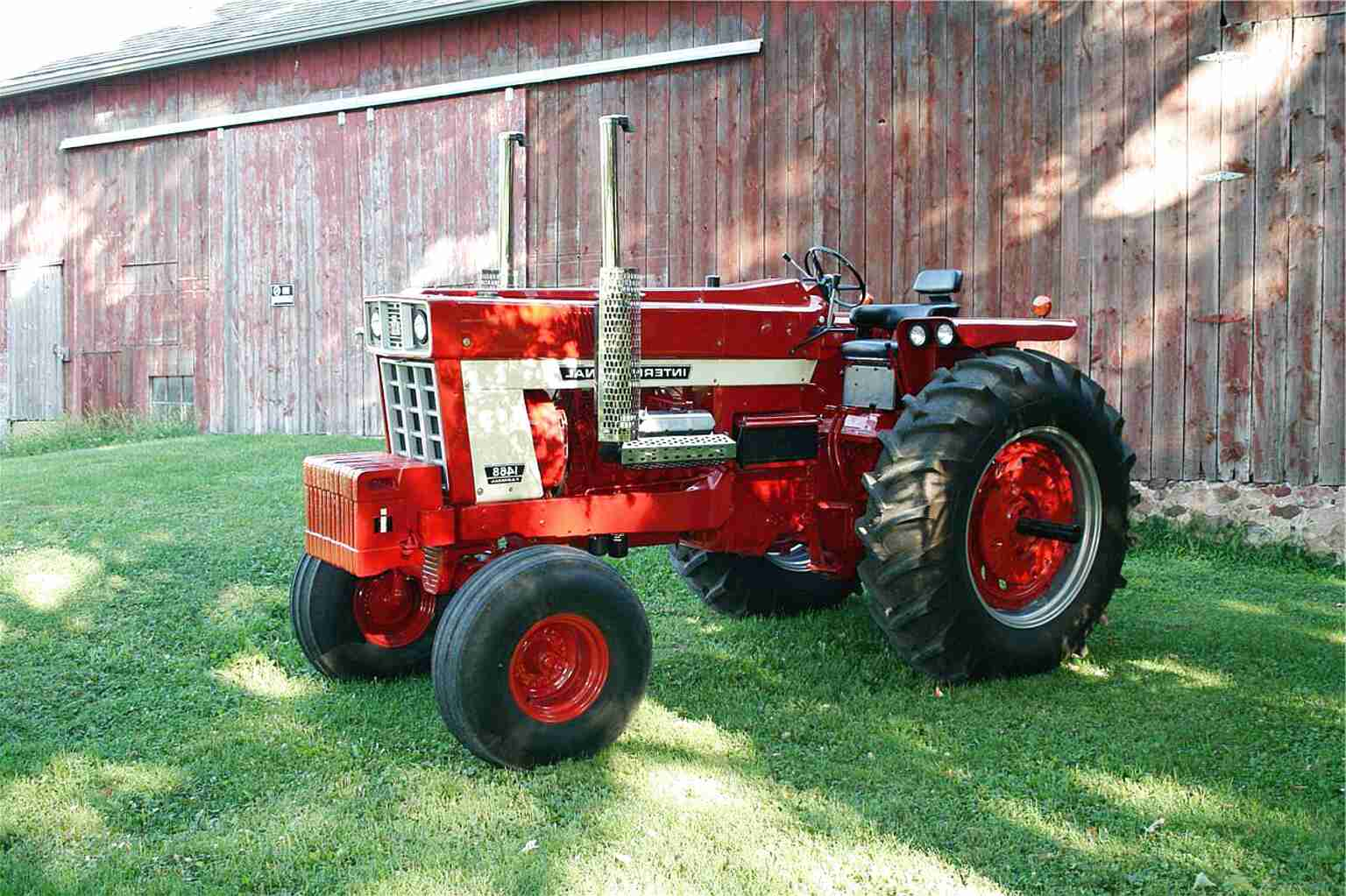 1568 international tractor for sale