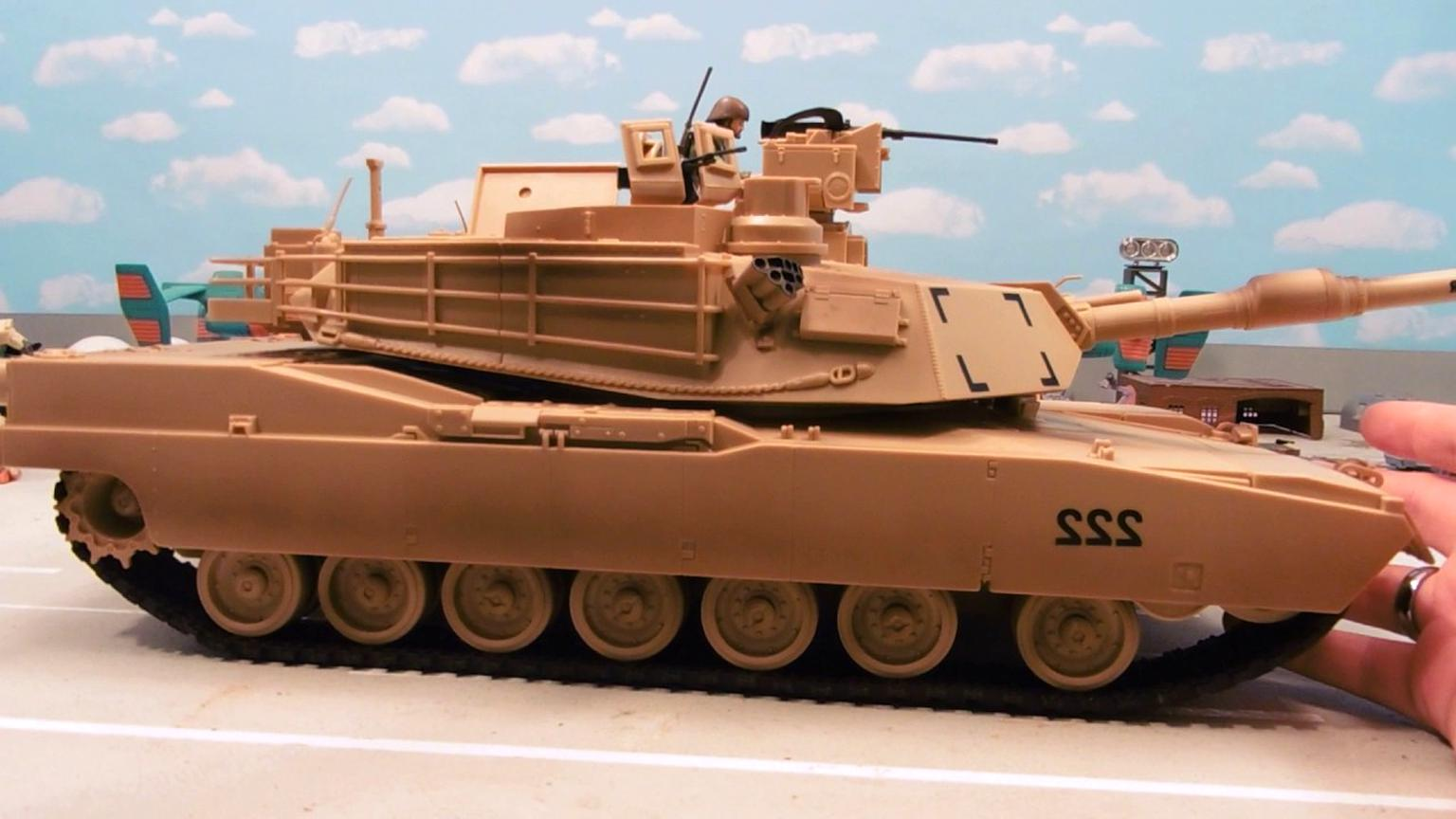 1 18 tank for sale