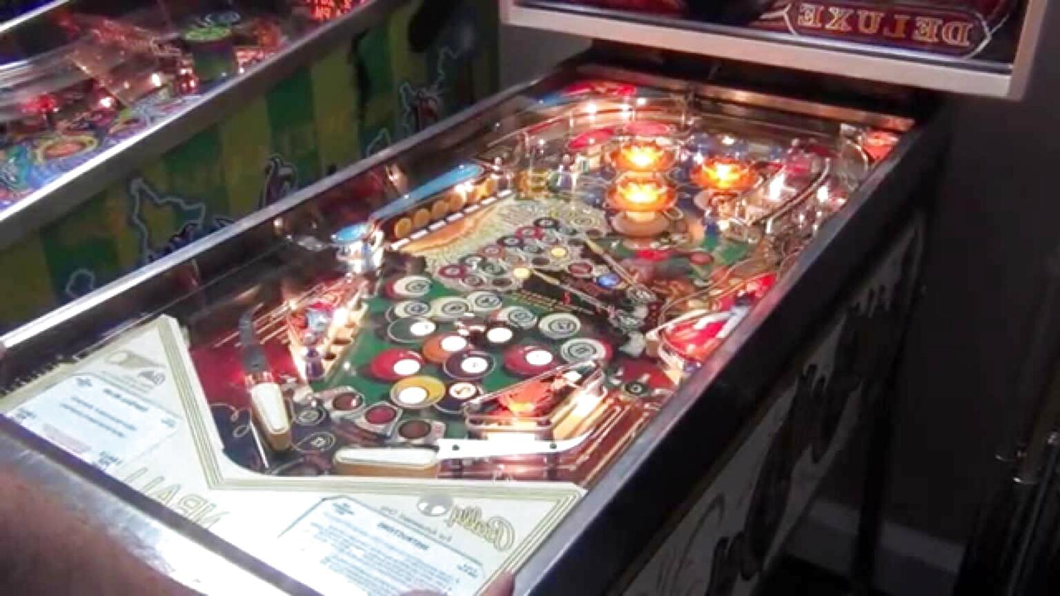 eight ball deluxe pinball machine for sale