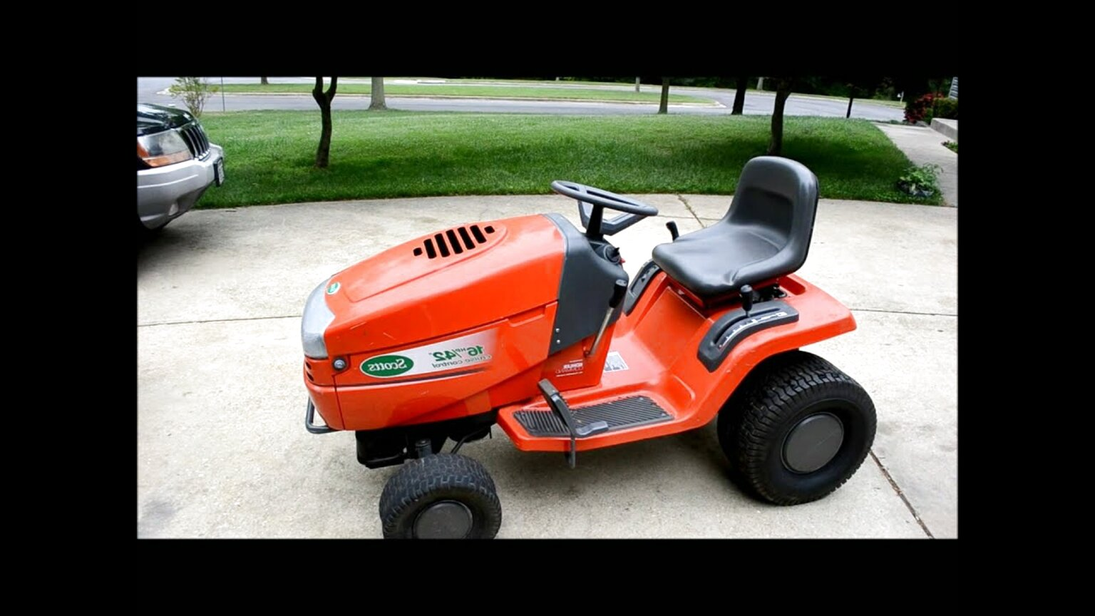 scotts lawn tractor for sale