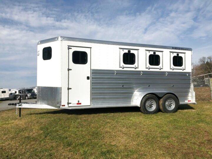 3 Horse Slant Trailer for sale | Only 2 left at -65%