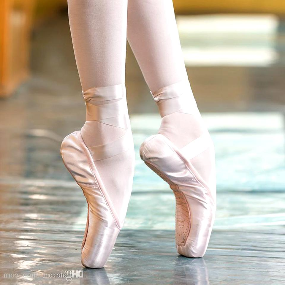 NEW Freed Classic Ballet Pointe Toe Shoes Size 5.5 XXX; WING; FORTE-FLEX; V