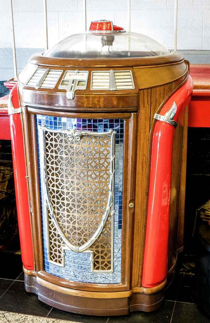 Seeburg Trashcan Jukebox for sale   Only 4 left at -70%